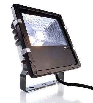 LED Outdoor Fluter COB 30W CW  1 x 30 W COB CW (6000 K) IP65  Technische Details Stromversorgung Spannung 230 V Energieeffizienzklasse A+  Lichtquelle LM Typ LED COB Farbspektrum CW Wellenlänge/Farbtemperatur 6000 K Lumen/gesamt 3121 lm Leistung