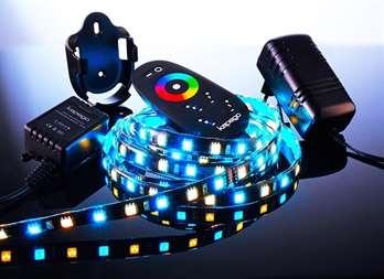 LED MixIt Set RF RGB+WW 2,5 Meter 150 LEDs  Dieses LED Set hat einen Klebestreifen auf der Rückseite und eignet sich wunderbar für Ihr Wohnzimmer um z.B. hinter dem Fernseher eine Atmosphäre zu schaffen. Mit der Fernbedienung kann man bequem die F