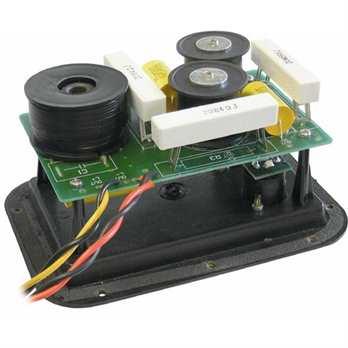 CN-12 Frequenzweiche  Die JB Systems Frequenzweiche ist eine 2 Wege Frequenzweiche (Bass und Topteil) für bis zu max 300 Watt RMS Lautsprecher und einer Trennfrequenz von 1,8 KHz bei 12dB/Okt. Die Weiche ist auf einer Einbauplatte mit 2 Speake