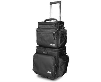 UDG SlingBag Trolley SET Deluxe Black/Orange insid